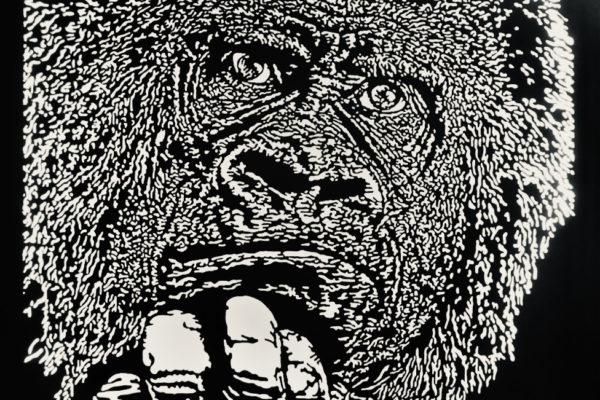 WHY-tete-gorille-sculpture